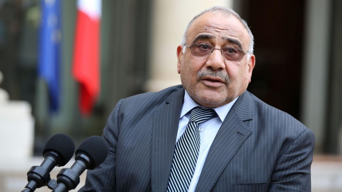 نخست وزیر عراق: خواسته های مشروع معترضان را پیگیری می کنیم