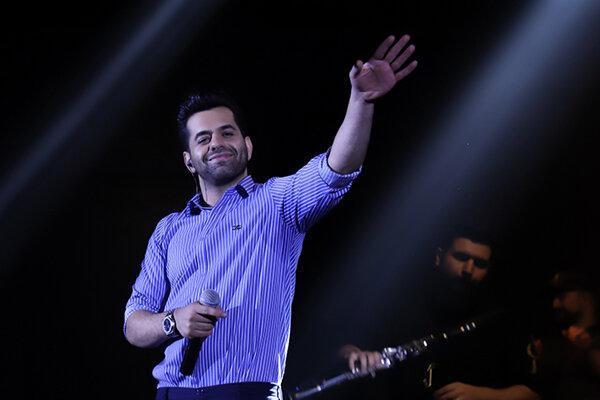 اجرای سخت ترین قطعه زندگی رضا بهرام در جشنواره موسیقی فجر