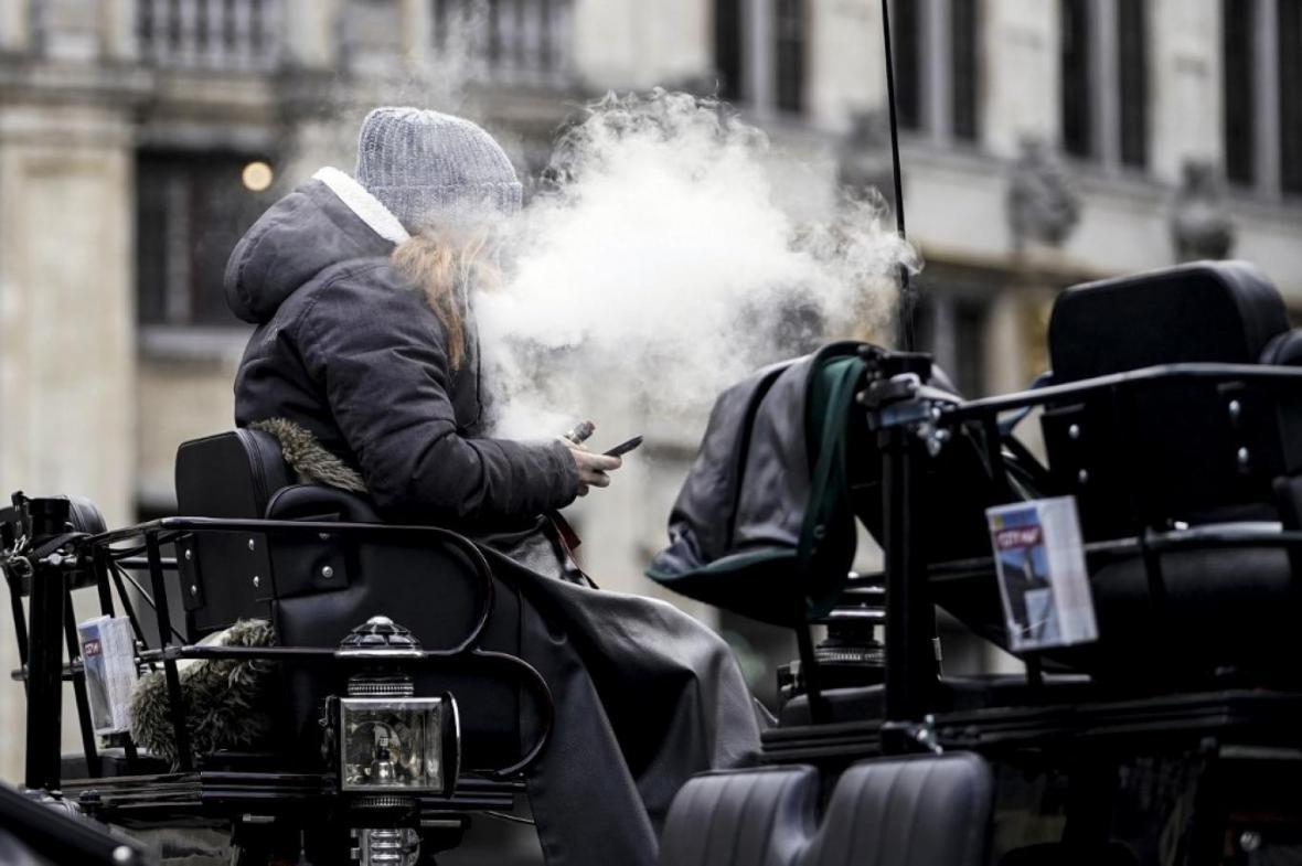 سیگار کشیدن، قوی ترین ریسک در برابر کرونا