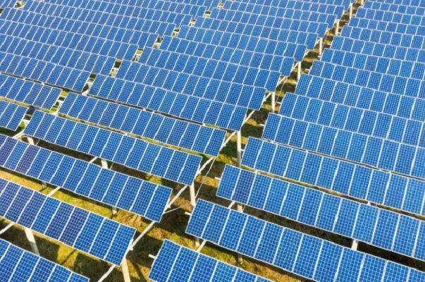 شروع عملیات احداث اولین نیروگاه خورشیدی در منطقه 19