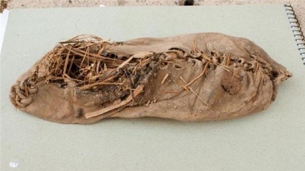 قدیمی ترین کفش چرمی جهان