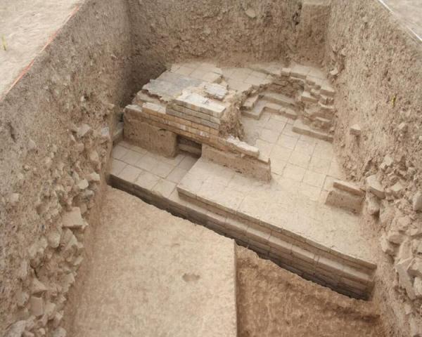 (تصویر) دروازه کوروش در نزدیکی تخت جمشید کشف شد